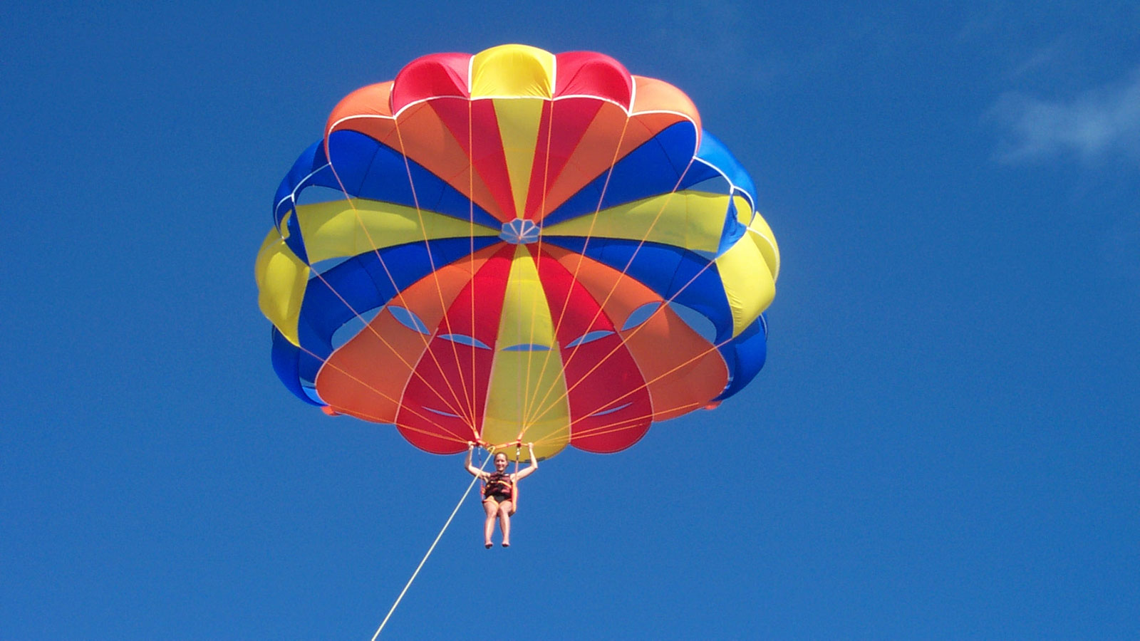 Maldives Watersports Parasailing
