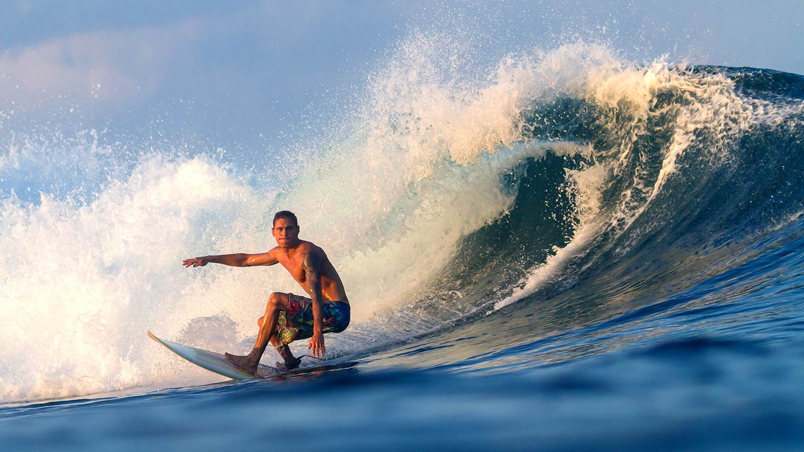 Surfing Maldives Watersports